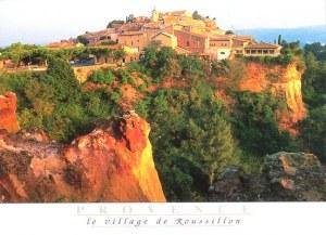 Une carte postale de Roussillon