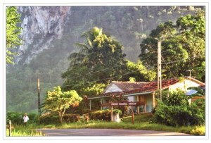 A postcard from Viñales (Virginie, Michel and Louis)