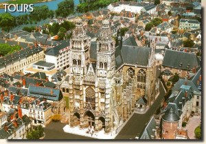 A postcard from Tours (Anne)
